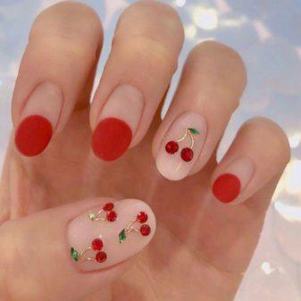 PROLEĆNI MANIKIR: Trešnjice na noktima