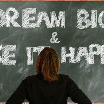 KAKO DA PODIGNETE SAMOPOUZDANJE: Uradite ovih 6 stvari samo za sebe!