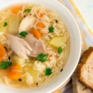 Recept za domaću kokošiju supu