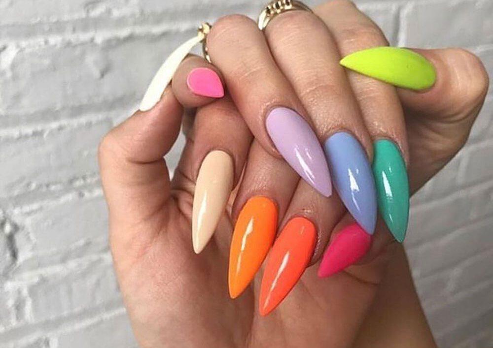 Šta boja laka za nokte govori o vama