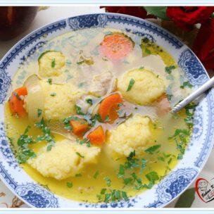Recept za pileću supu sa knedlama
