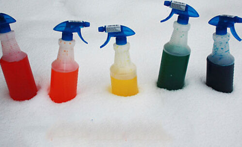 ZABAVA ZA CELU PORODICU: Kako da napravite boje za sneg